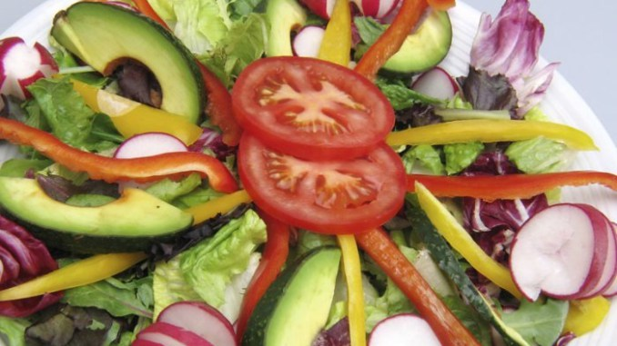 Šta dobijate konzumiranjem sirove hrane …